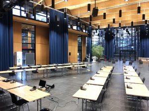 Großer Saal Sitzungsbestuhlung1